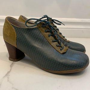 John Fluevog Minstrel Heels Size 7.5